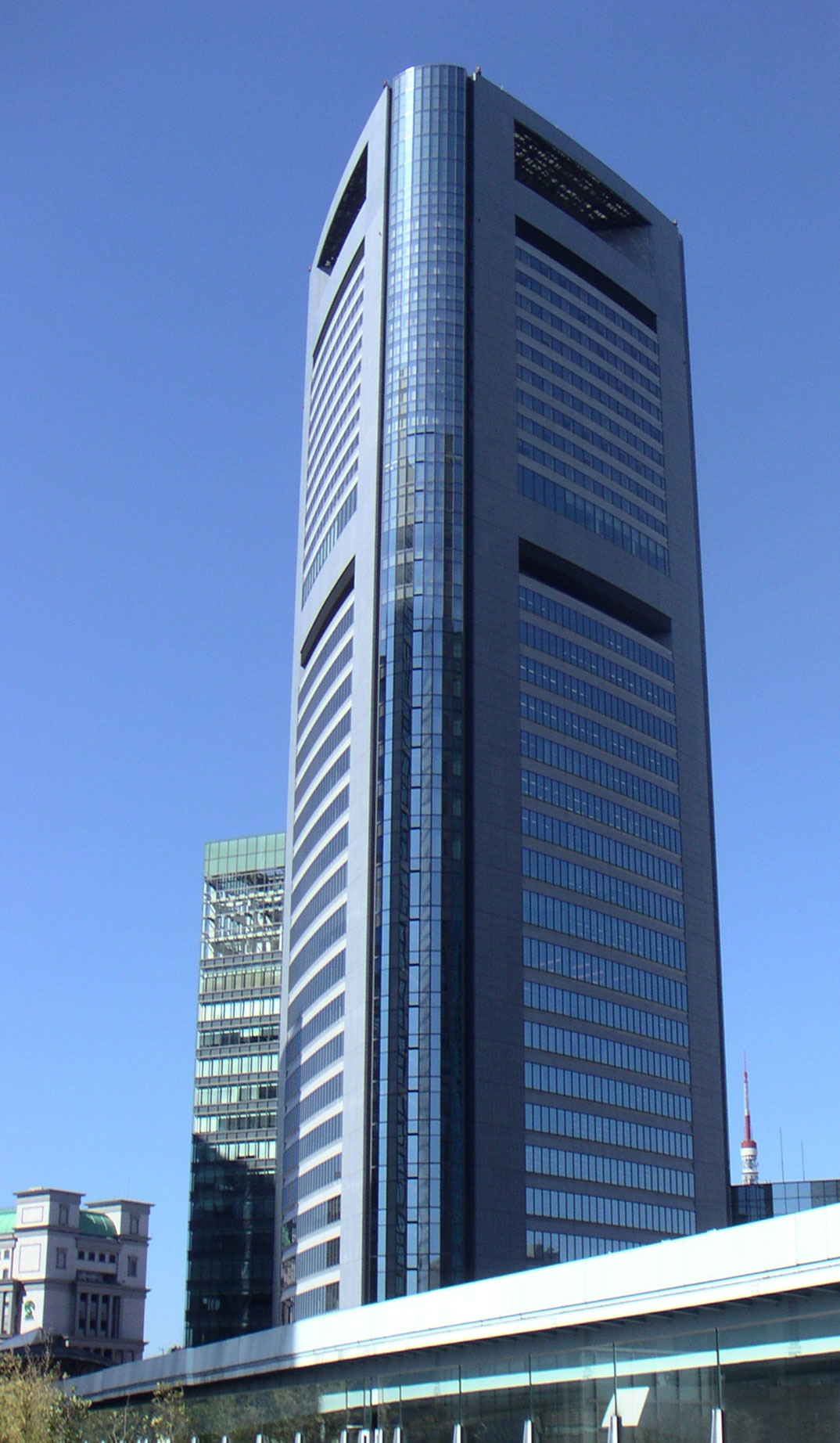 Shiodome_Media_Tower